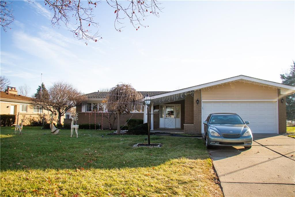 11114 GREENDALE Drive, Sterling Heights 48312
